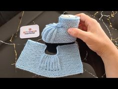 Crochet Baby Poncho, Baby Cardigan Knitting Pattern Free, Baby Boy Knitting Patterns, Crochet Dog Sweater, Crochet Motif Patterns, Baby Girl Crochet, Crochet Shoes, Crochet Slippers, Knit Shoes