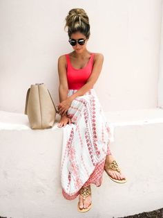 How to Look Casual Chic in Maxi Skirts http://www.justtrendygirls.com/how-to-look-casual-chic-in-maxi-skirts/