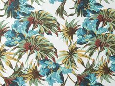 No you are not dreaming, this vintage print cotton and linen mix has just been added to the website. So dramatic, perfect for making a statement on the beach this summer. #vintageflorals #lineandcotton #summerfabric #dressmaker