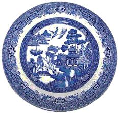 Churchill England blue and white Chinoiserie 10 dinner plate. The pattern name is Willow. Bottom has some shadowy spots but the part that you can Churchill, Willow Pattern, China Plates, Vintage Plates, Pattern Names, Mobile Accessories, China Porcelain, Chinoiserie, Dinner Plates