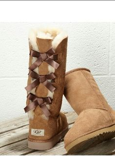 Stitch Fix: I have these Uggs and wear them all the time.fun, cozy sweaters and leggings/skinny pants are always welcome.