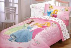 The magic of Disney has brought great princess to our daughters' life. Better bring the character to her room. Here are the Disney Princess bedroom design. Princess Room Decor, Princess Bedrooms, Girls Bedroom, Bedroom Decor, Bedroom Ideas, Bedroom Colour Schemes Warm, Bedroom Storage Boxes, Disney Princess Bedding, Cozy Reading Corners