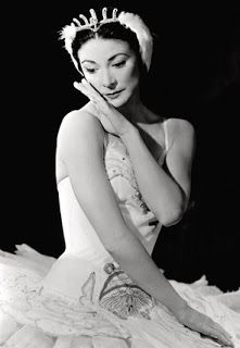 Margot Fonteyn 1919-1991 Fonteyn was the first internationally aclaimed ballerina to be trained in England. Before her most ballet dancers came from Russia, Italy or France. She was famous for her elegance, sensitivity and charm. In 1962 she formed one of the most famous dancing partnerships in the history of ballet with Russian superstar Rudolf Nureyev