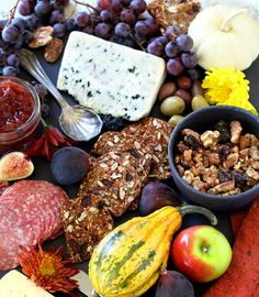 Tips For A Perfect Holiday Cheese Board