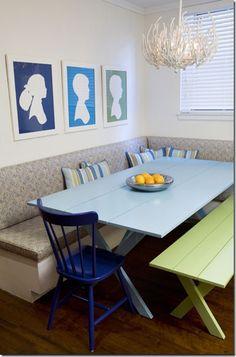 Breakfast nook designed by Amanda Nisbet #blue #green #kitchen #banquette