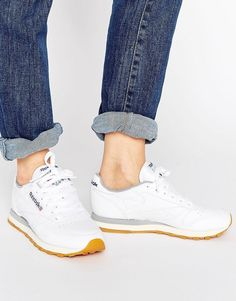 new arrivals 803f5 56012 Reebok Classic Leather Trainers With Gum Sole