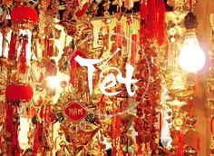 Voyage Vietnam avec Hung-Voyagesviet Travel-Guide independant francophone au Vietnam.Son web: http://www.voyagesviet.com Dans quelques jours, tous les vietnamiens vont fêter le passage à la nouvelle année, basée sur le calendrier lunaire, qui débutera, pour cette année 2015, le 19 février sous le signe du chèvre.Lire la suite: Fête du Têt, Nouvel An vietnamien en France : tout le programme 2015 - http://www.voyagesviet.com/fete-du-tet-nouvel-an-vietnamien-en-france-tout-le-programme-2015/