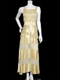 fashions of the 20's and 30's | late 20 s or early 30 s could anyone more accurately pinpoint the ...