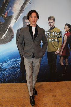 Ben In Japan promoting STID - July 2013 yummy gorgeous damn Sherlock Holmes Tv, Suits You Sir, Star Trek Into Darkness, Weak In The Knees, 221b Baker Street, Martin Freeman, British Actors, My Crush, Benedict Cumberbatch