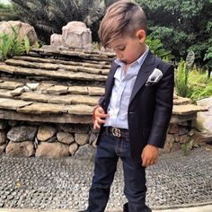 All dressed up, and he's definitely got somewhere to go. Source: Instagram user luisafereandmateo