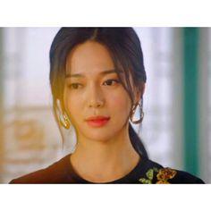 The Last Empress Lee Elijah Inspired Earrings 001 - So Not Size Zero Korean Dramas, Korean Actors, Korean Beauty, Asian Beauty, Ali Wong, Constance Wu, Art Hacks, Korean Earrings, Korean Make Up