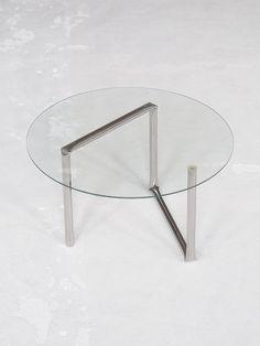 Aetelier Knik Fraem Table