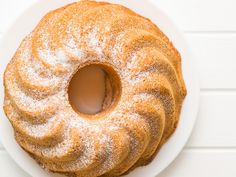 Make All the Bundt Cakes of Your Dreams with This Boxed Cake Mix Trick Cake Mix Recipes, Baking Recipes, Dessert Recipes, Frosting Recipes, Tea Recipes, Baking Tips, Dessert Ideas, Sweet Recipes, Salad
