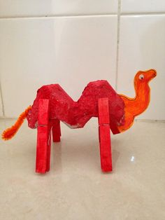 A Little Amused...: Egg Carton Craft - Camel