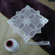 Crochet Lace Edging, Crochet Art, Filet Crochet, Embroidery Motifs, Handicraft, Crochet Projects, Projects To Try, Knitting, Elsa