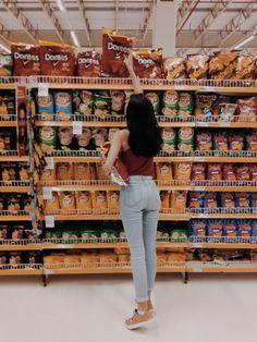 Foto Tumblr supermercado sozinha salgados