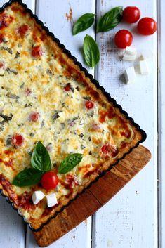 Ihana neljän juuston piirakka, munaton - Suklaapossu Savory Pastry, Food Inspiration, Quiche, Cravings, Food And Drink, Pie, Nutrition, Healthy Recipes, Bread