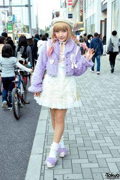 Swankiss Jacket, Katie Pins, YowaPeda Teddy Bear, WEGO & Bubbles Harajuku. (Tokyo Fashion, 2015)