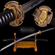 Купить товарПолный ручной японский катана меч самурайский меч дамасская сталь сложить стальное лезвие практическая резкое сувениры в категории Металлические ремеслана AliExpress.                                                   Материал: металл                 Стиль: народного искусств