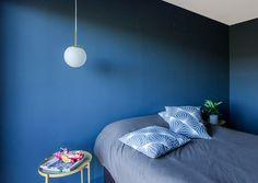 blue bedroom_ blue design_ interior design_ dormitorio azul_dormitori blau