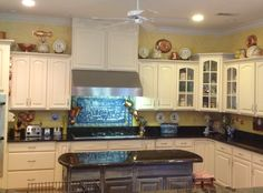Kitchen transformation using Rustoleum Cabinet Transformation kit. Color is Quilter's white. Rustoleum Cabinet Transformation, Cabinet Transformations, Grey Kitchen Cabinets, Pinterest Projects, House 2, French Country, Home Improvement, Sweet Home, Kitchens
