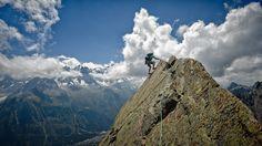 Résultats de recherche d'images pour «into the wild arrivee montagne»
