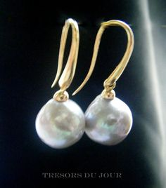 Large Baroque Grey Cultured Pearl Earrings in 18kt gold fittings