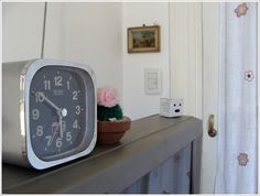 Love retro clocks