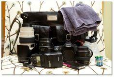 http://camerahandbags.co.uk/#/classic/