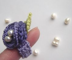 WiLd PuRple ROse with Fresh Water pearls Freeform Crochet Ring by anadiazarte, via Flickr Cute!