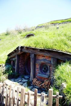 Earth Berm Homes | earth berm aka hobbit house | Favorite Places & Spaces