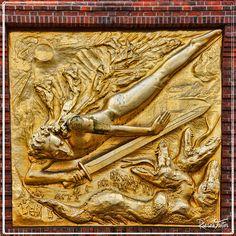 Bremen-kunstsammlungen boettcherstrasse (an art nouveau artists' area) Strret Art, Art Nouveau, Trips, Battle, Germany, Angel, Artists, Places, Modern