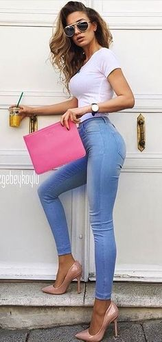 Lovely Summer Outfits Ideas 24