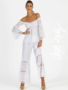 This Pin was discovered by mar White Fashion, Boho Fashion, Womens Fashion, Fashion Design, Boho Outfits, Summer Outfits, Denim And Lace, T Shirt Diy, Office Fashion