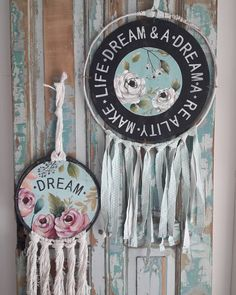 Rustic Shutters, Mandala, Dream Catcher, Hanging Art, Dream Life, Stencils, Diy And Crafts, Recycling, Shabby Chic