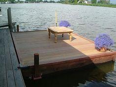 Globetrots, waterwerk en loonbedrijf - drijvend terras, informatie over drijvende terrassen: www.globetrots.nl