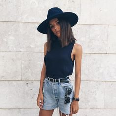// Pinterest @esib123 //  #style #inspo #fashion denim shorts