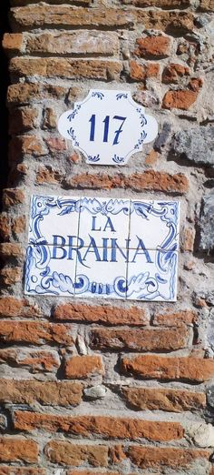 house name and number...reminds me of Azulejos