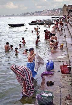 Morning at the Ghats of Varanasi Goa India, Rishikesh, India Images, Amazing India, One Step, Indian River, Beauty Around The World, India Colors, Black Girl Art