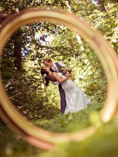 Take a picture through your wedding ring! #DREAM