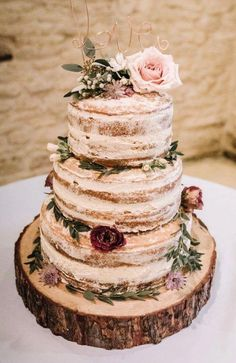 Naked Cake Layer Sponge Semi Flowers Log Stand Wire Love Topper Kingscote Barn W. wedding flowers Naked Cake Layer Sponge Semi Flowers Log Stand Wire Love Topper Kingscote Barn W. Wedding Cake Rustic, Our Wedding, Dream Wedding, Rustic Cake, Wedding Bride, Perfect Wedding, Barn Wedding Decorations, Country Wedding Cakes, Rustic Birthday Cake