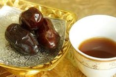 Arabic Coffee with sweet dates. (My favorite dance of the ballet, I love the way they conjure the shape of Arabic coffee pots with their hands and arms. Ayurveda, Lebanon Food, Saffron Chicken, Saffron Recipes, Arabic Coffee, Out To Lunch, Mediterranean Dishes, Arabic Food, Arabic Sweets