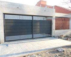 catalogo-de-portones Front Gate Design, House Gate Design, Garage Door Design, Wooden Door Design, Gate House, Entrance Design, Garage Doors, Front Gates, Entrance Gates