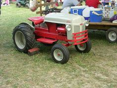 Ford tractor my father in-law refurbished. Yard Tractors, Small Tractors, Compact Tractors, Antique Tractors, Vintage Tractors, Cordless Lawn Mower, Tractor Attachments, Toy Trucks, Chevy Trucks