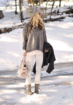 white+and+gray+and++pink+snow+outfit.jpg 640×926 pixel