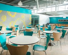 Cafeterías y restaurantes - Scanform Commercial Interior Design, Commercial Interiors, Cafeteria Design, 4th Of July Dresses, Office Lounge, Food Court, School Architecture, Restaurant Design, Living Spaces