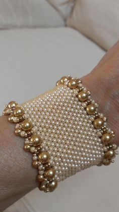Summer Pearls Wedding Bracelet by VelvetBead on Etsy - Jewelry Cheap And Easy Diy Ideas: Bridal Jewelry Photography etsy Seed Bead Bracelets, Ankle Bracelets, Jewelry Bracelets, Jewelery, Silver Bracelets, Silver Ring, Pearl Necklaces, Etsy Jewelry, Bridal Jewelry