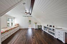 Attic conversion 天井 床 良い雰囲気