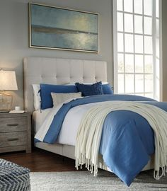Want to make your #bedroom look more lavish? Then add some instant boudoir grandeur with a beautiful upholstered #headboard for your #bed. They come in a variety of styles. Choose one that best suits your style! Read our blog for more details.