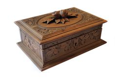 Antique wooden box  Oak leaves and acorns  by FrenchVintageShop, €30.00
